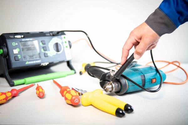 Geräteprüfung nach ÖVE/ÖNORM E 8701 und ESV (ortsveränderliche Geräte)